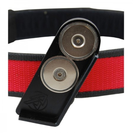 DAA Deluxe Magnetic Pouch-1