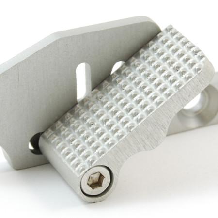 standard-adjustable-thumb-rest-2